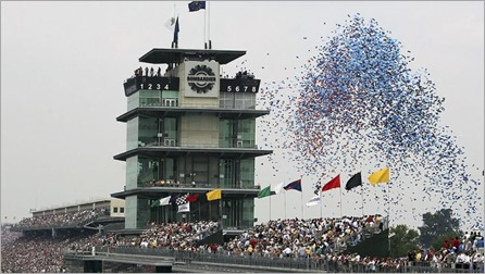 080511_Indy500balloons_h